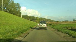 grensoverschrijdend gedrag chauffeurs gedraag u aixam brommobiel kleine auto fileprobleem antwerpse ring