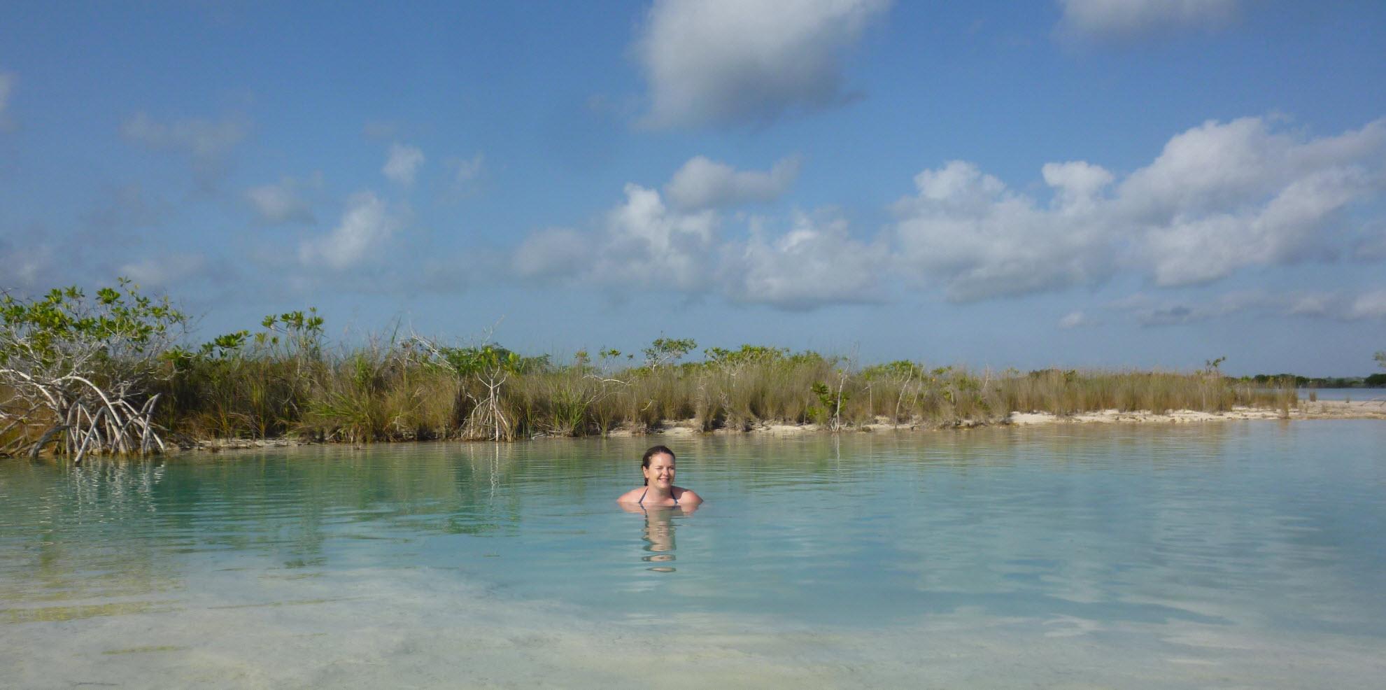 laguna bacalar mexico meer van zeven tinten blauw