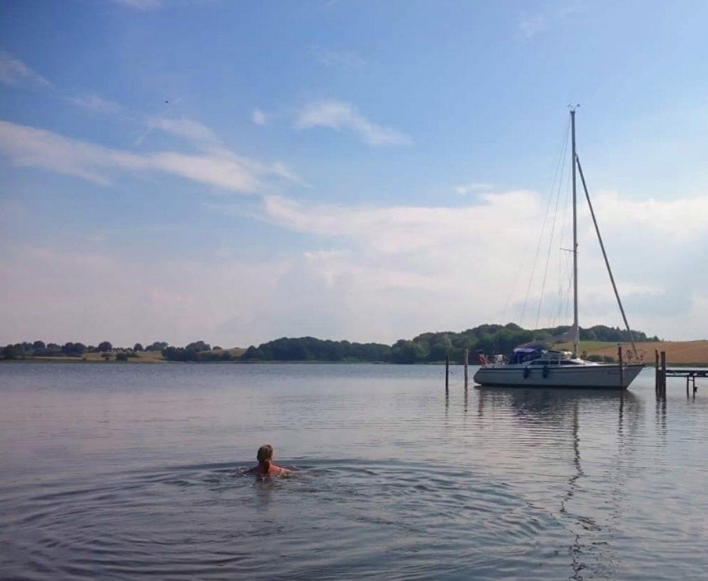 zwemmen duitsland zeilboot