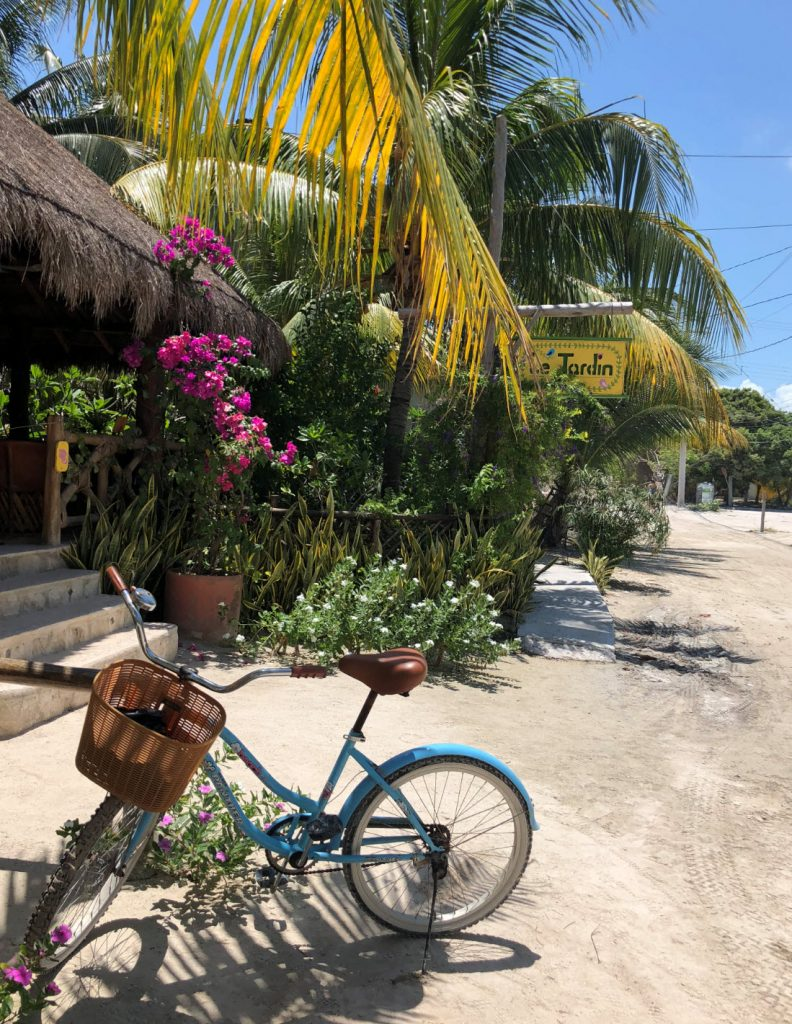 isla holbox yucatan mexico kleurrijk blog