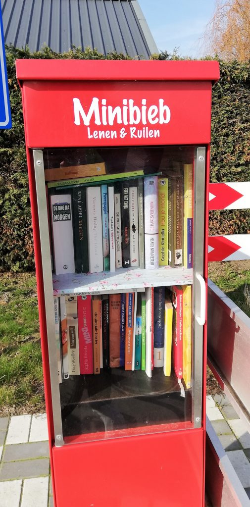 hulst minibieb boeken bibliotheek