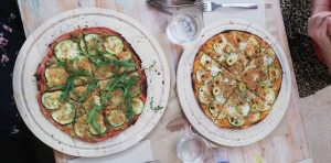vegan pizza beetroot casa viva valencia ruzafas